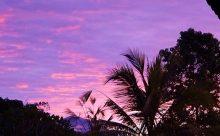スワルバリが返信しても、お客様に届かない件と バリ島 雨季の夕日と朝日です。
